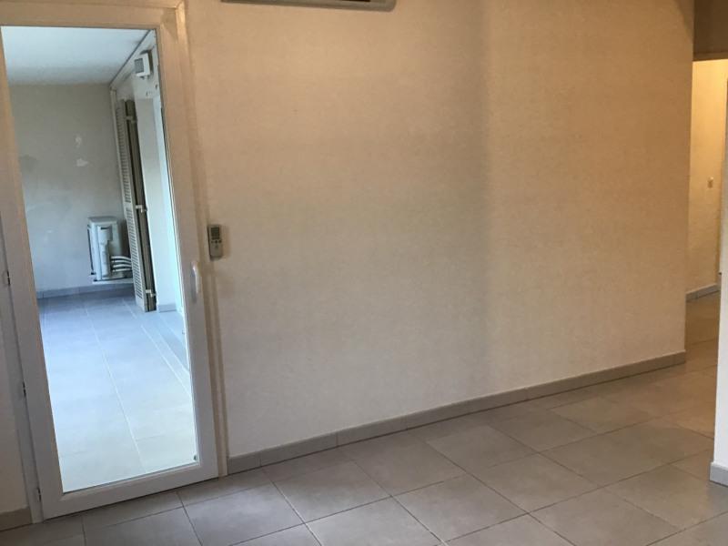 Location appartement Roquebrune-sur-argens 1030€ CC - Photo 10