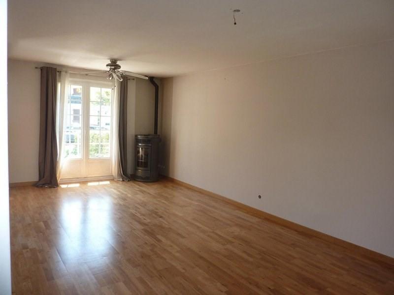 Sale house / villa Saint-clair-de-la-tour 159500€ - Picture 2