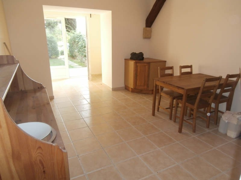 Rental apartment Saint martin de crau 655€ CC - Picture 3