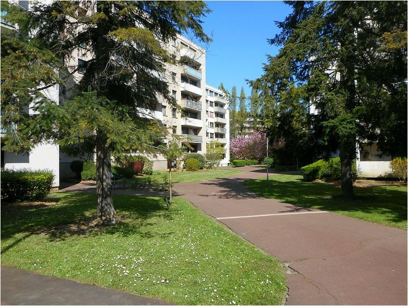 Location appartement Athis mons 744€ CC - Photo 1