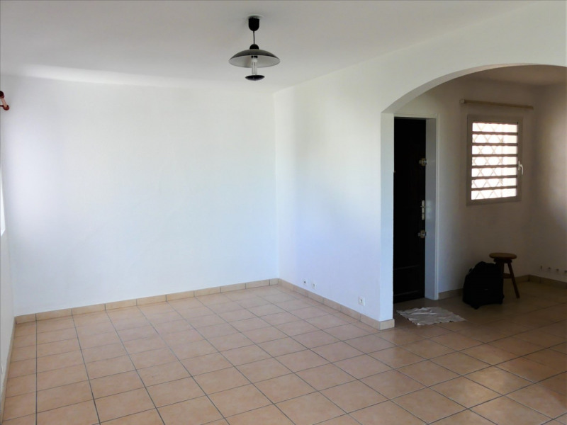 Rental apartment La possession 605€ CC - Picture 3