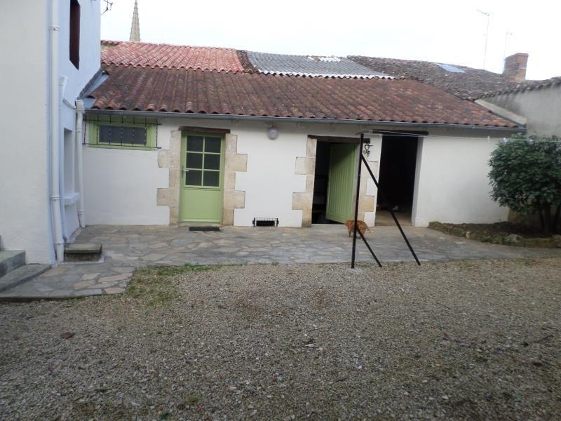 Location maison / villa Lhommaize 570€ CC - Photo 2