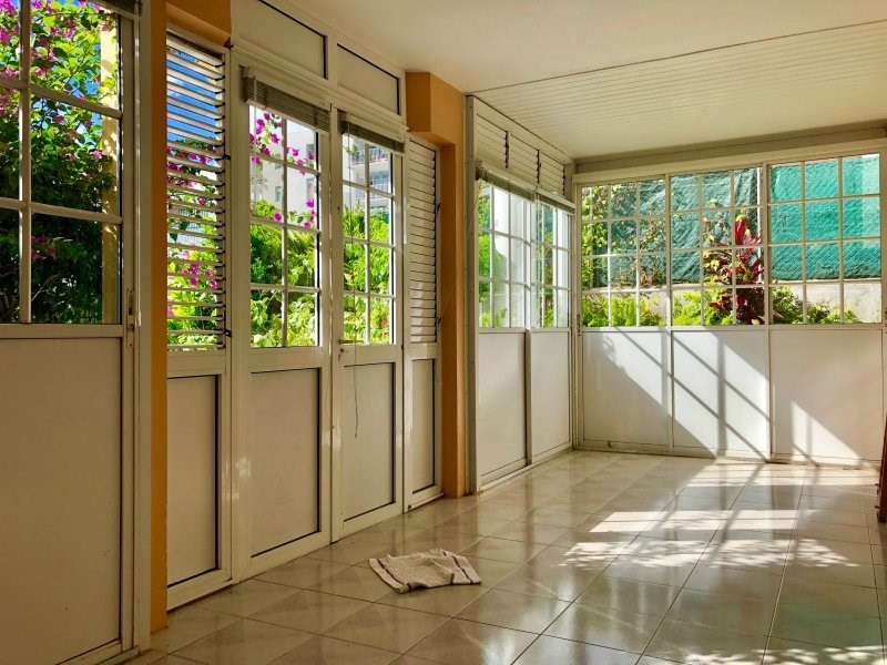 Sale house / villa Schoelcher 245000€ - Picture 3