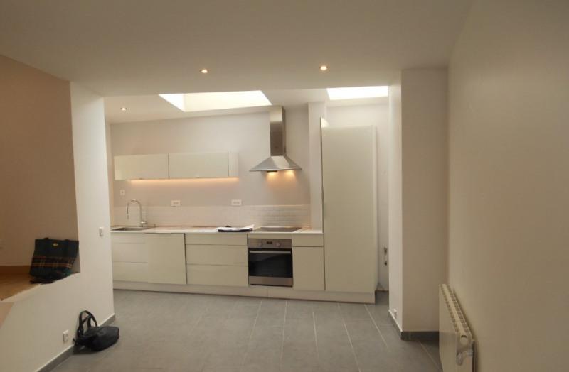 Rental house / villa Saint quentin 498€ CC - Picture 6