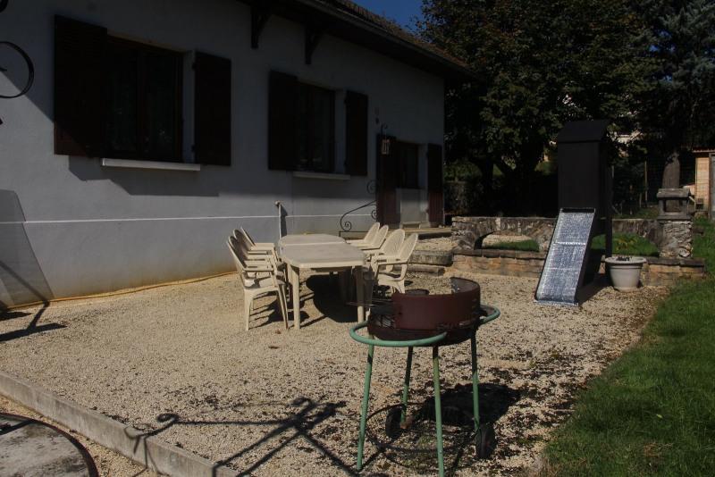 Sale house / villa Le pont de beauvoisin 259000€ - Picture 8