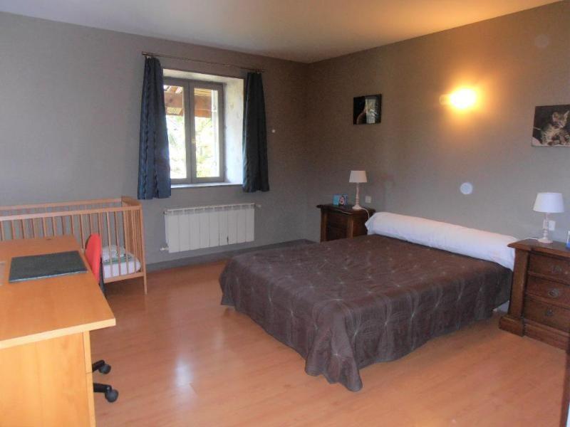 Sale house / villa Ceignes 239000€ - Picture 5