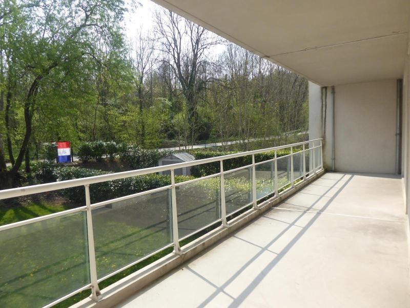 Location appartement Talant 698€ CC - Photo 1