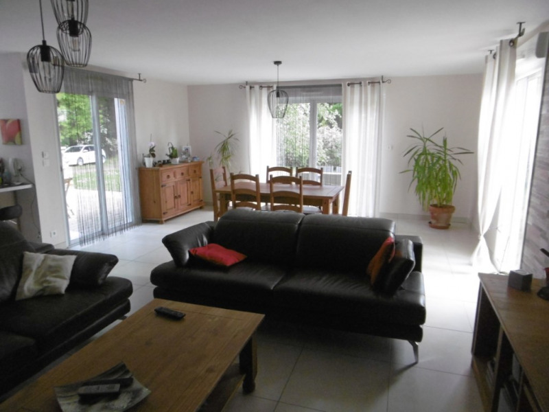 Vente maison / villa St georges de pointindoux 249 000€ - Photo 3