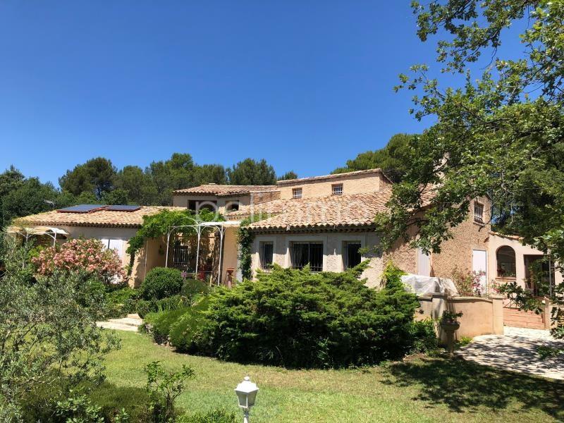 Deluxe sale house / villa Rognes 795000€ - Picture 2