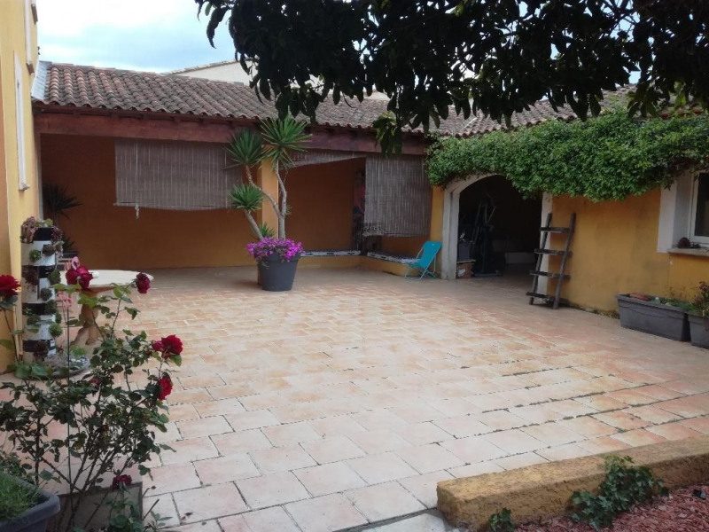 Deluxe sale house / villa Aigues mortes 645 000€ - Picture 2