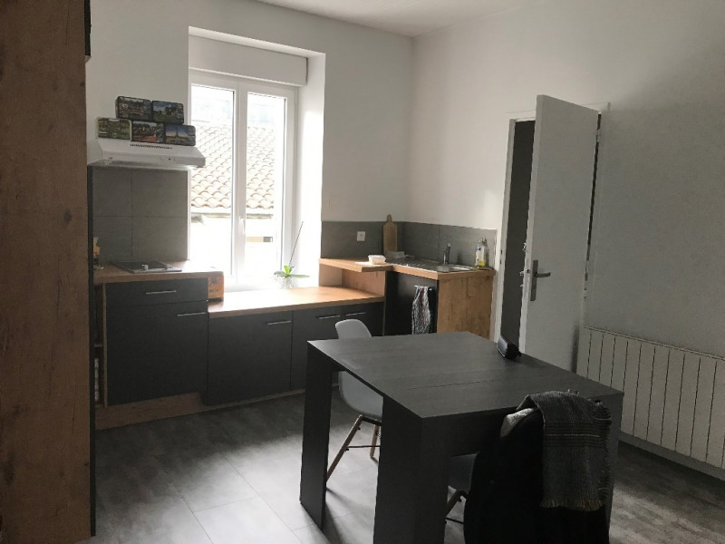 Rental apartment Cholet 458€ CC - Picture 4