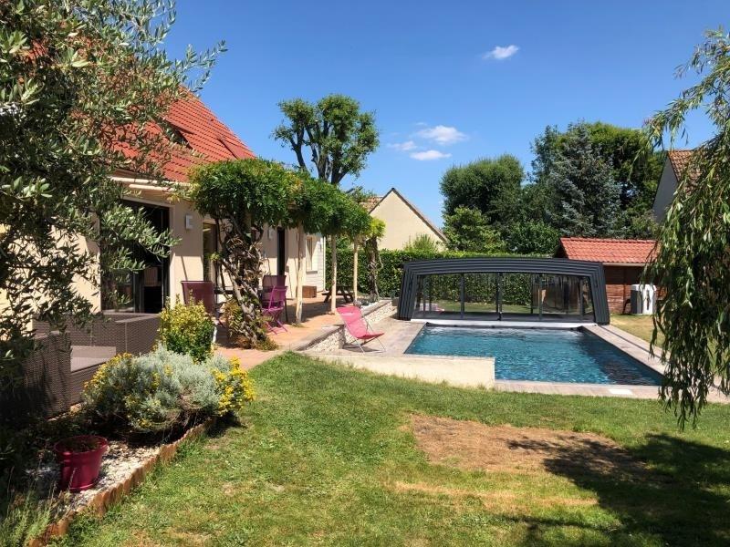 Sale house / villa Montfort l amaury 645000€ - Picture 2