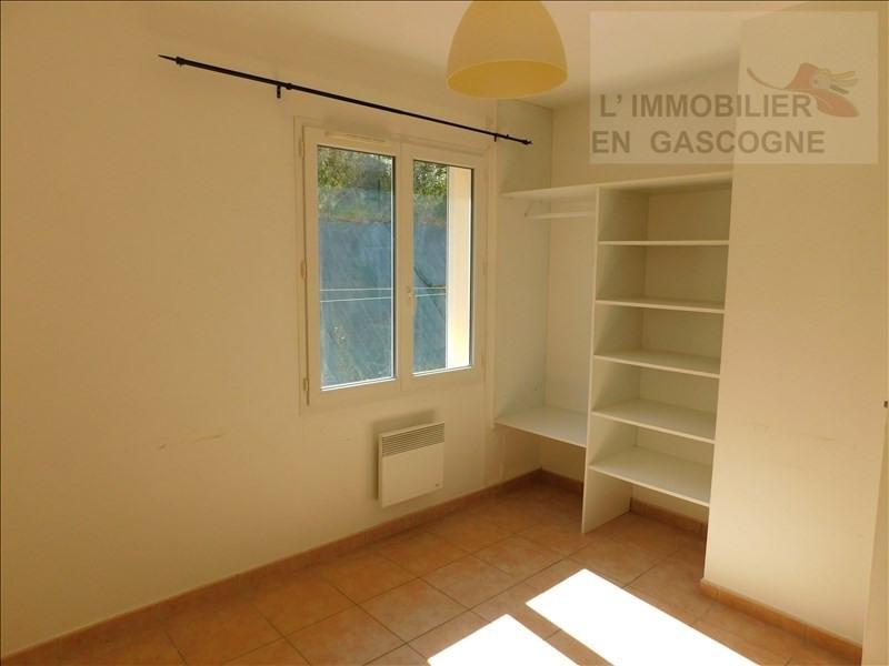 Location maison / villa Preignan 729€ CC - Photo 9