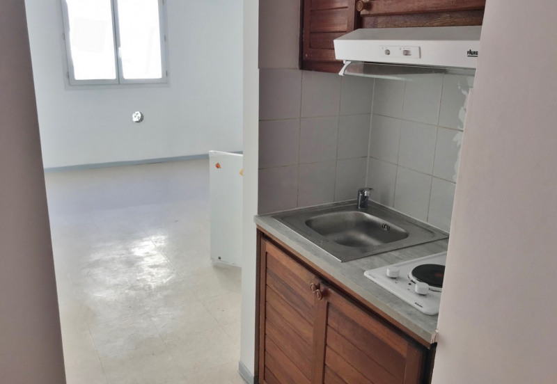 Affitto appartamento Sainte clotilde 440€ CC - Fotografia 3