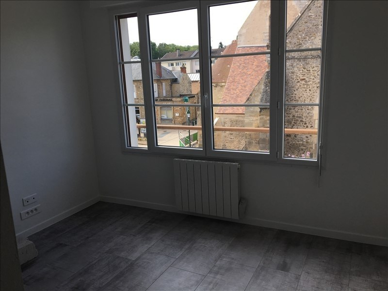 Location appartement Orgeval 580€ CC - Photo 2