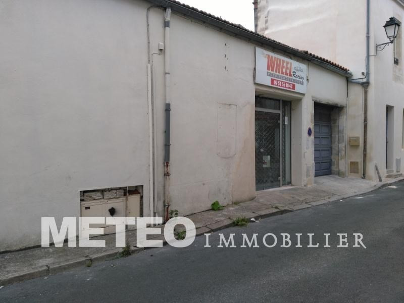 Vente local commercial Lucon 65 150€ - Photo 1