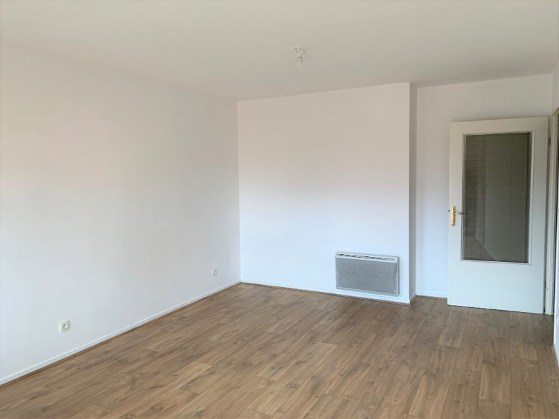 Rental apartment Wambrechies 665€ CC - Picture 2