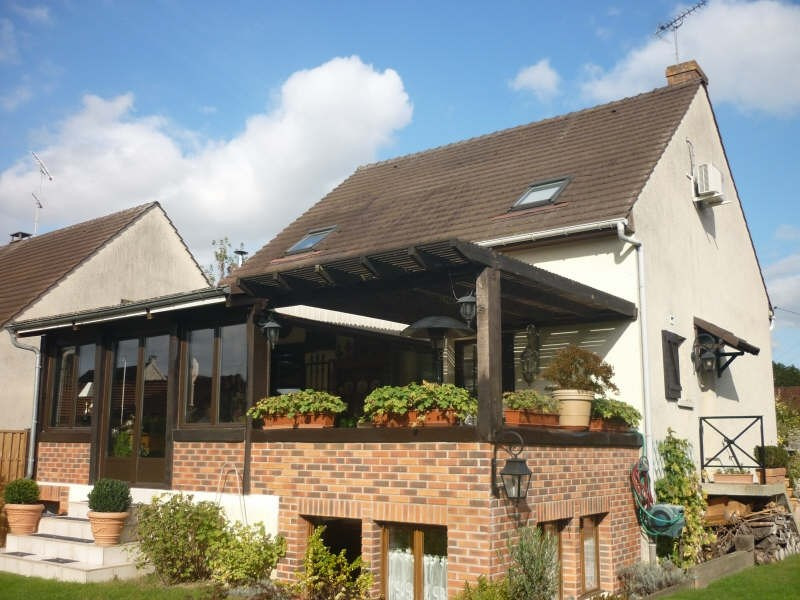 Sale house / villa Chambly 365 000€ - Picture 1