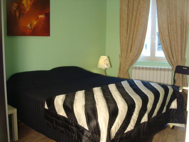 Sale house / villa St cyprien 398000€ - Picture 4