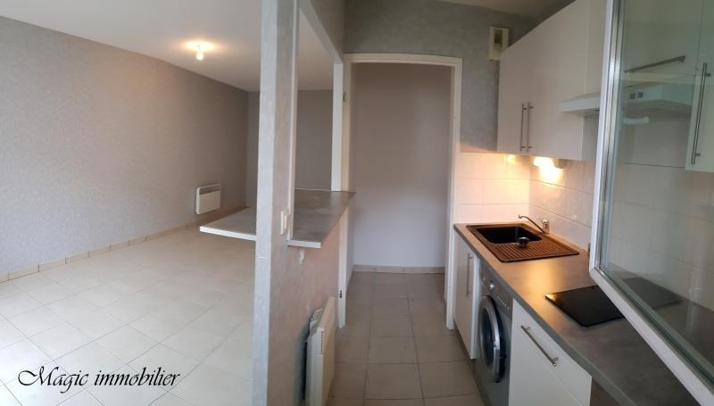 Location appartement Bellignat 395€ CC - Photo 4