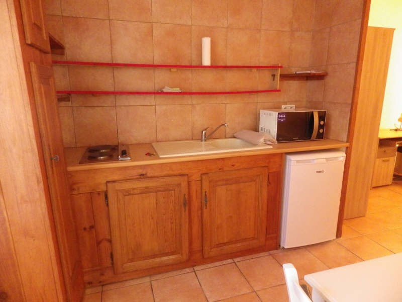 Location appartement Nimes 340€ CC - Photo 3