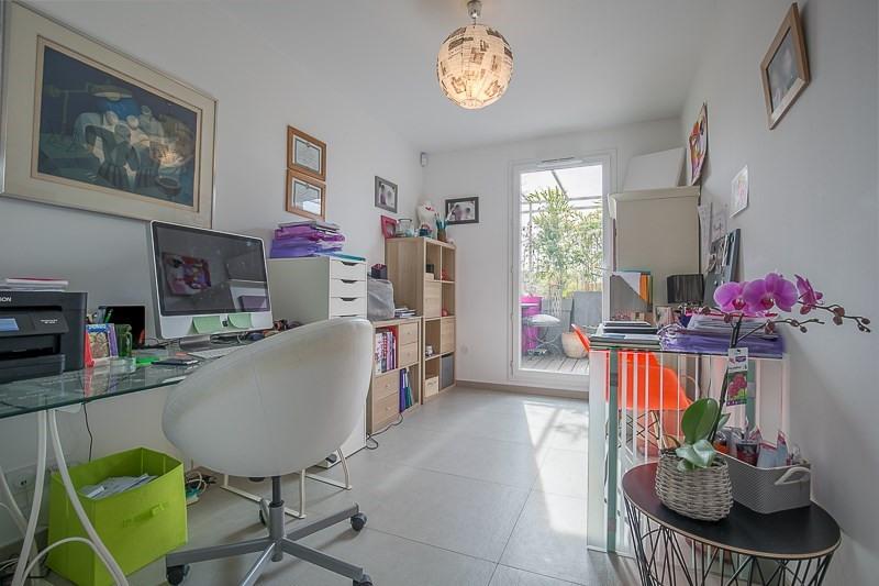 Verkoop van prestige  appartement Bouc bel air 821000€ - Foto 7