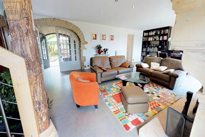 Deluxe sale house / villa Lissieu 799000€ - Picture 10