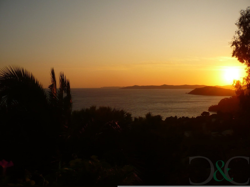 Deluxe sale house / villa Rayol canadel sur mer 780000€ - Picture 3