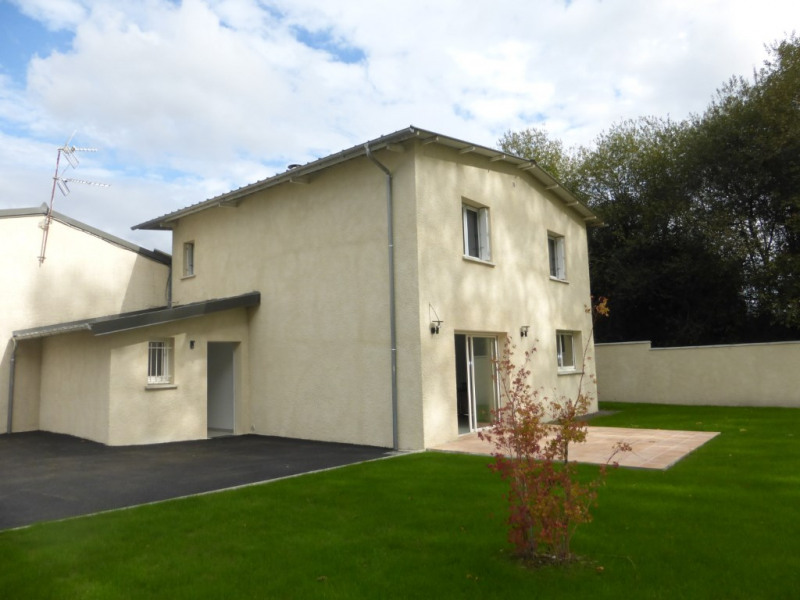 Location maison / villa Montardon 1000€ CC - Photo 3
