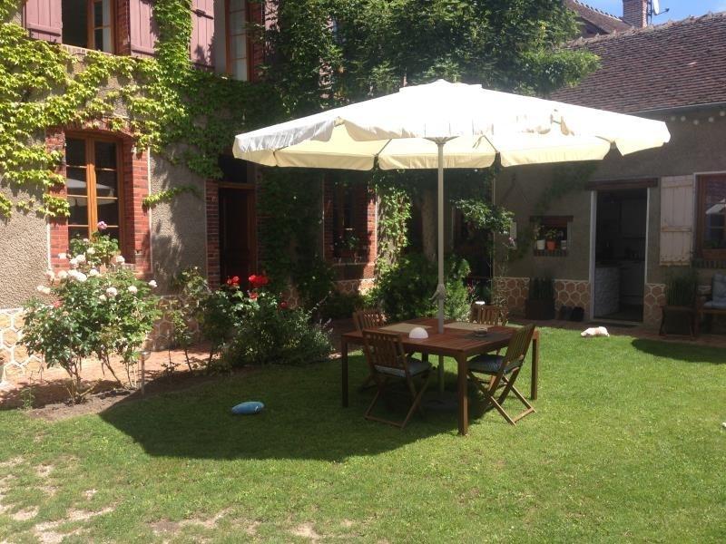 Sale house / villa St maurice le vieil 212000€ - Picture 1
