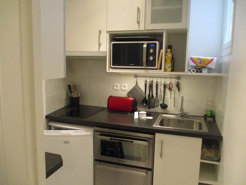 Rental apartment Paris 8ème 1300€ CC - Picture 3