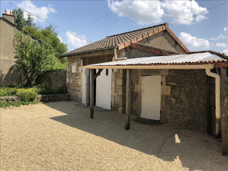 Vente maison / villa Bonnes 126000€ - Photo 2