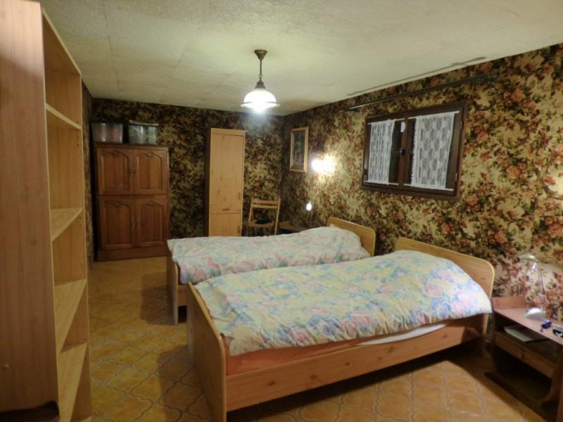 Sale house / villa Lyons la foret 139000€ - Picture 7
