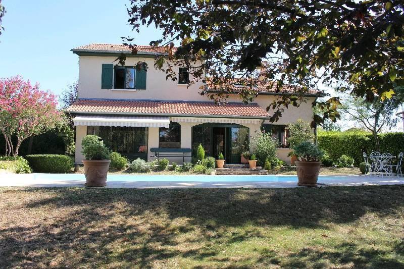 Deluxe sale house / villa Vernaison 580000€ - Picture 1