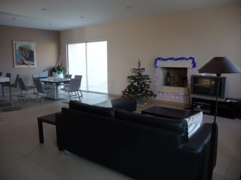 Sale house / villa Le chateau d'oleron 548550€ - Picture 3