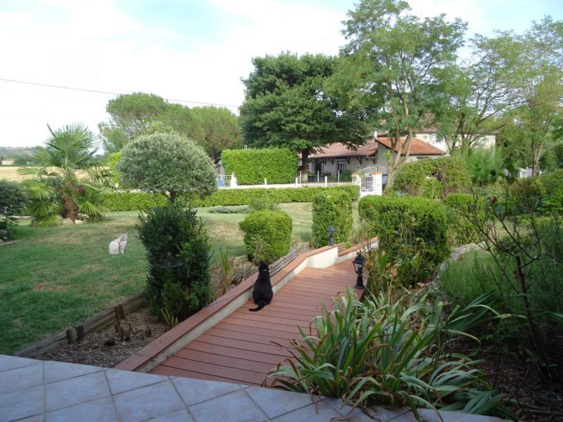 Sale house / villa Agen 270000€ - Picture 3
