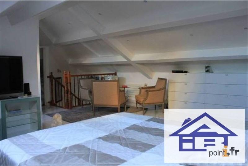 Sale house / villa St germain en laye 895000€ - Picture 3