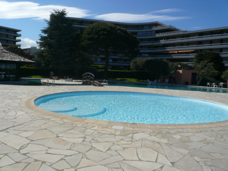 Sale apartment Nice 223 000€ - Picture 1