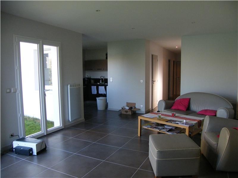 Rental apartment Gradignan 990€ CC - Picture 2