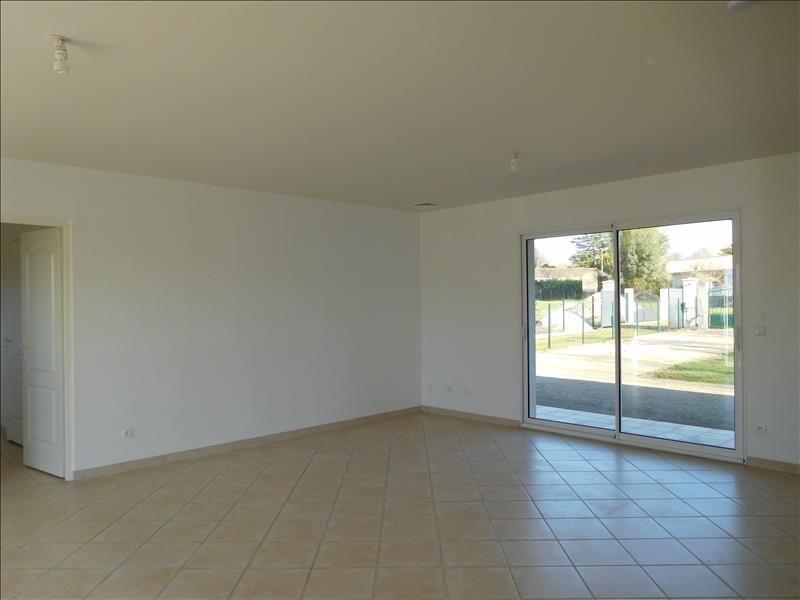 Rental house / villa St andre de cubzac 958€ CC - Picture 3