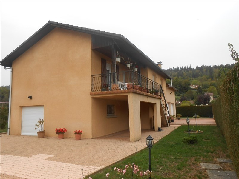 Sale house / villa Groissiat 240 000€ - Picture 1