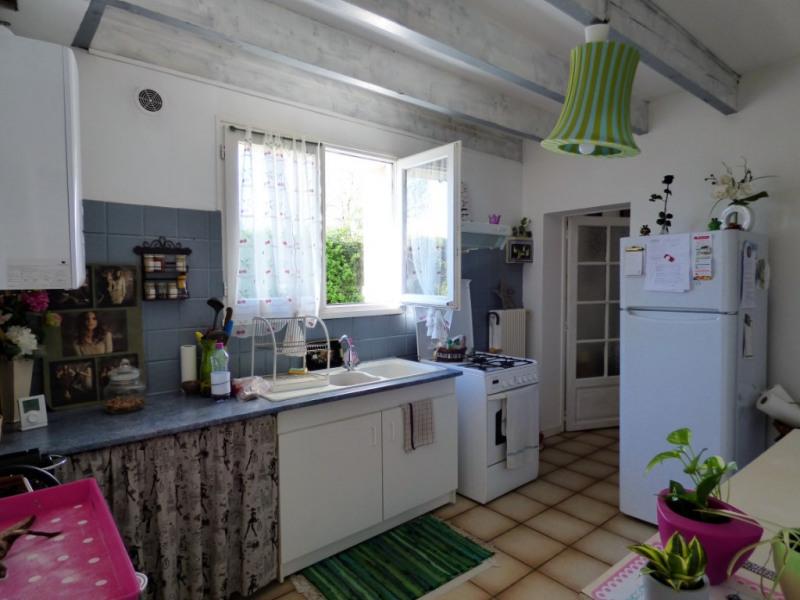 Sale house / villa Vayres 132000€ - Picture 4