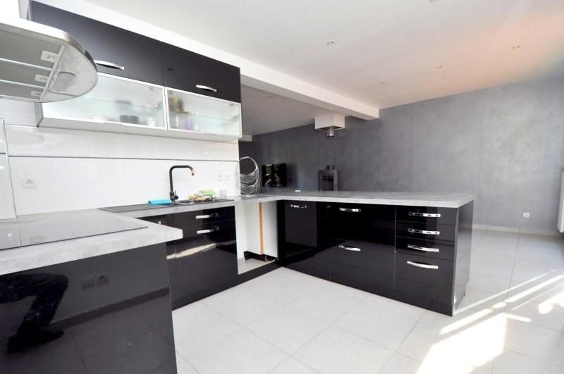 Sale house / villa Forges les bains 369000€ - Picture 8