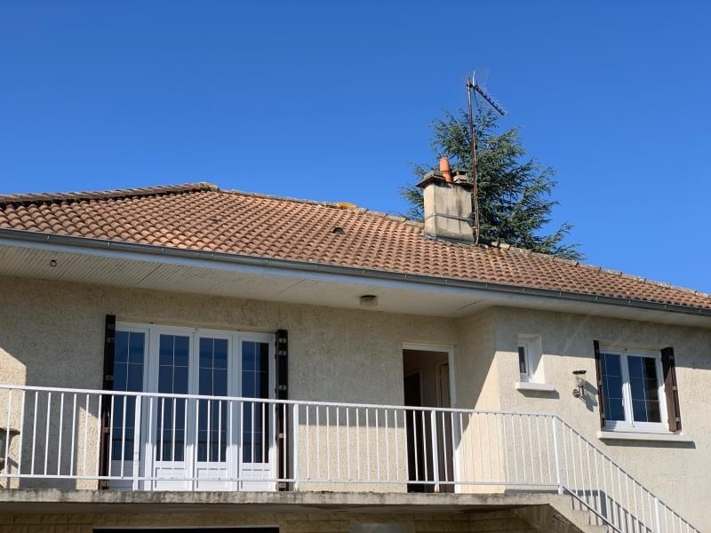 Location maison / villa Lentigny 740€ CC - Photo 7