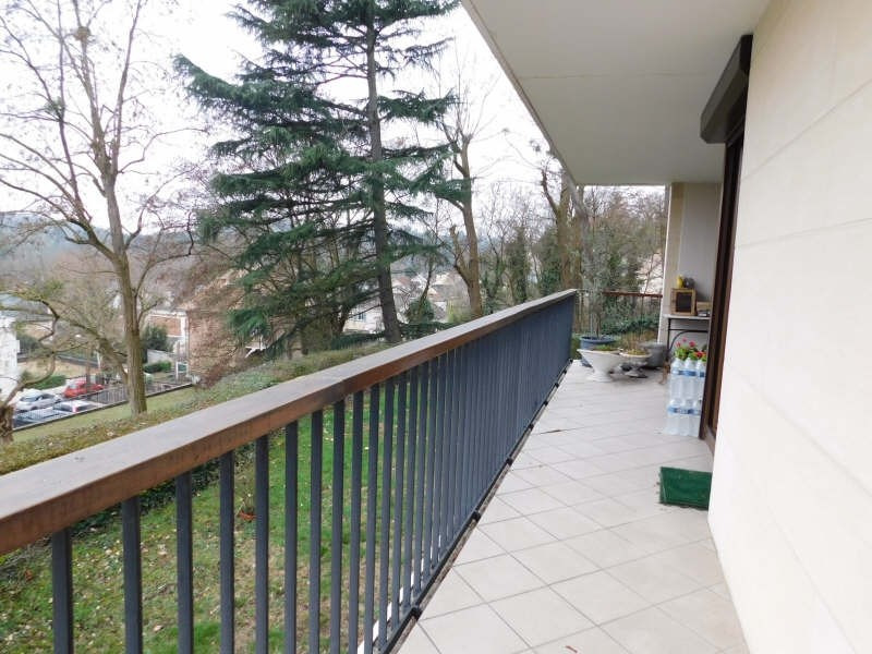 Sale apartment Jouy en josas 335000€ - Picture 3