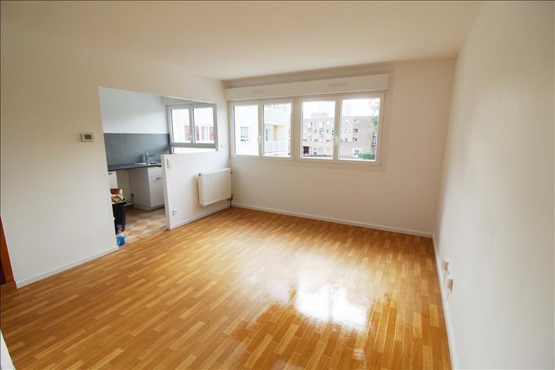 Rental apartment Elancourt 695€ CC - Picture 2