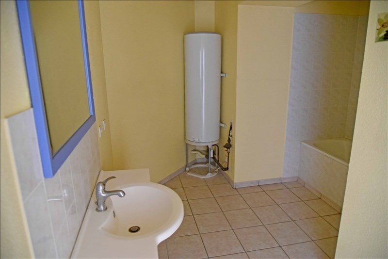 Rental apartment Nantua 524€ CC - Picture 4