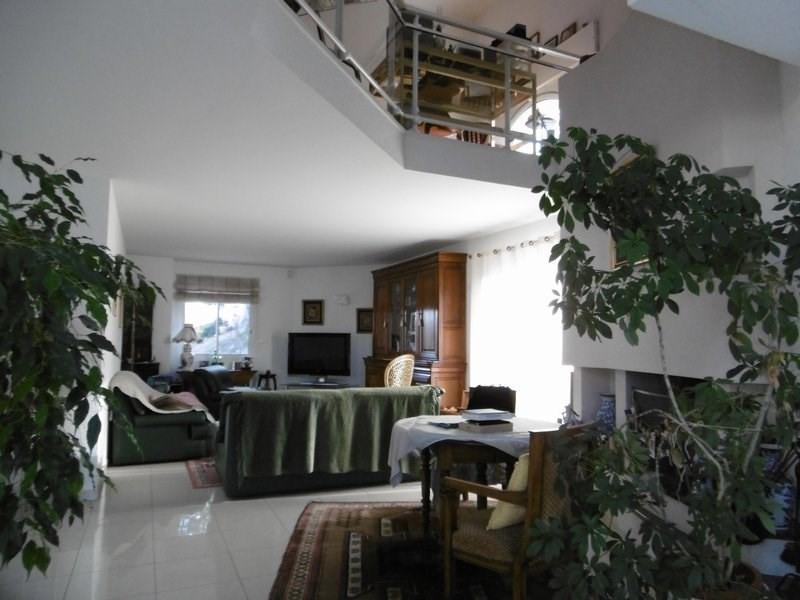 Sale house / villa St chamond 450000€ - Picture 5
