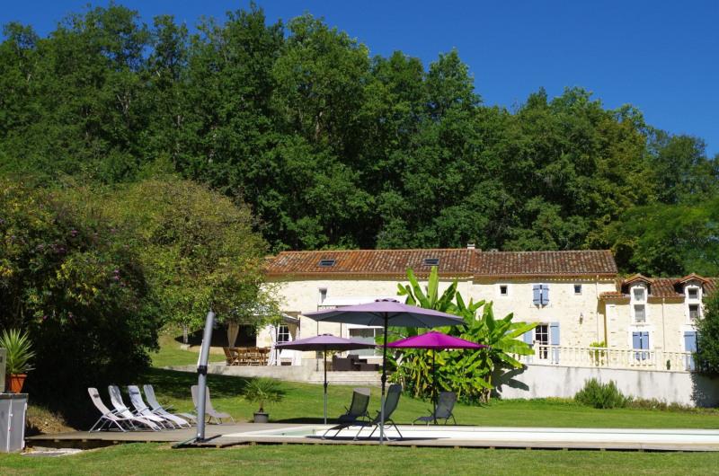 Vente maison / villa Douzillac 519450€ - Photo 2