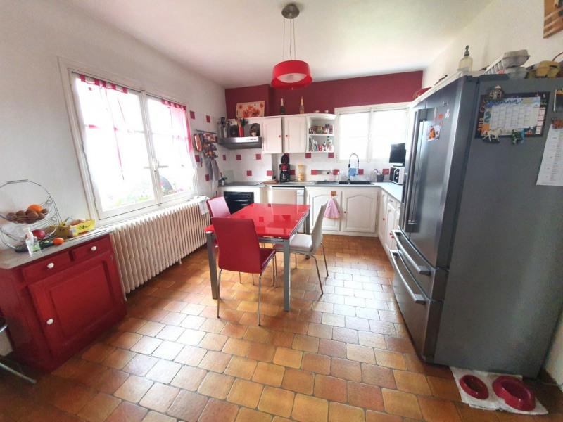 Sale house / villa Barbezieux-saint-hilaire 137800€ - Picture 3